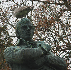 English: Robert Burns statue by G.A. Lawson in...