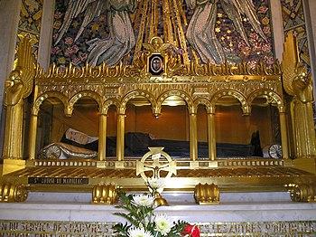 Deutsch: Reliquienschrein der Hl. Louise de Ma...
