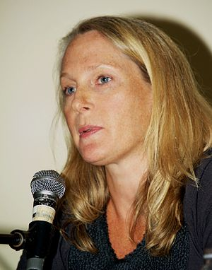 English: Piper Kerman at the 2010 Brooklyn Boo...