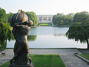 English: Lagoon with statue, Cleveland Museum ...
