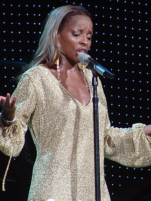 English: Mary J. Blige live in Charlotte, NC