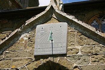 English: Sundial Sundial on St.Mary's church s...