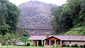 English: Valley fill - Mountaintop removal coa...