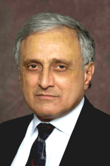 https://i2.wp.com/upload.wikimedia.org/wikipedia/commons/thumb/d/dc/Carl_Paladino_Headshot_2010_3_color_adjust.png/220px-Carl_Paladino_Headshot_2010_3_color_adjust.png