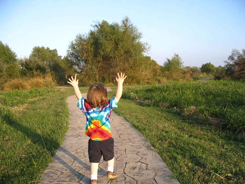 File:Happy child finds joy.jpg