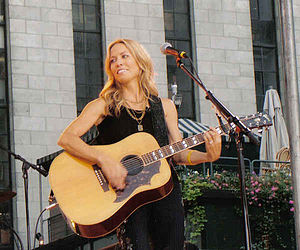 Sheryl Crow with guitar