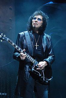 Tony-Iommi 2009-06-11 Chicago photoby Adam-Bielawski.jpg