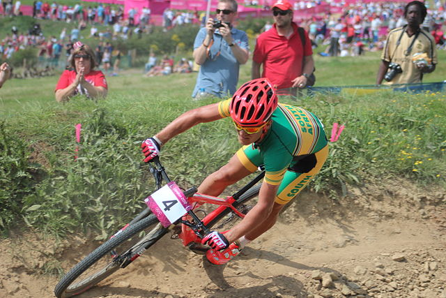 https://i2.wp.com/upload.wikimedia.org/wikipedia/commons/thumb/d/dd/MTB_cycling_2012_Olympics_M_cross-country_RSA_Burry_Stander_%282%29.jpg/640px-MTB_cycling_2012_Olympics_M_cross-country_RSA_Burry_Stander_%282%29.jpg