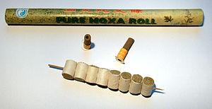 Deutsch: Moxa-Roll, Moxa-Hütchen, Moxa-Hütchen...