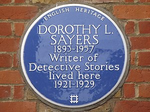 Blue plaque re Dorothy L Sayers on 23 & 24 Gt....