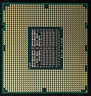 Core i7-940, LGA 1366 contacts