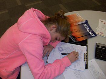 English: Students need sleep in order to study.