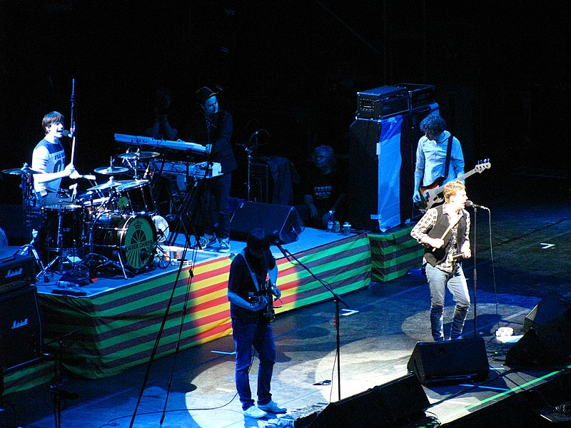 File:Kaiser Chiefs on stage.jpg