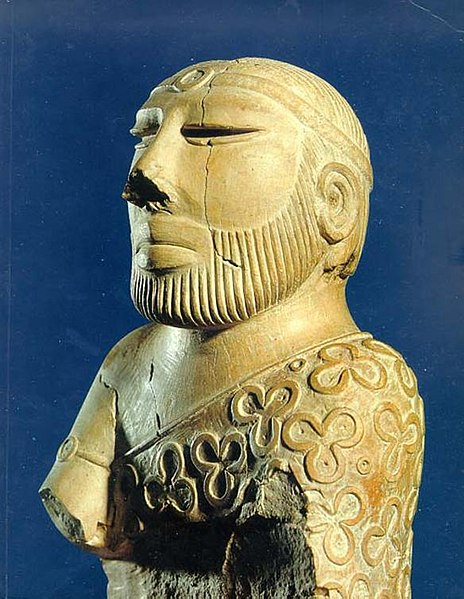 File:Mohenjo-daro Priesterkönig.jpeg