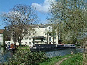 English: Parndon Mill. Parndon Mill from the t...