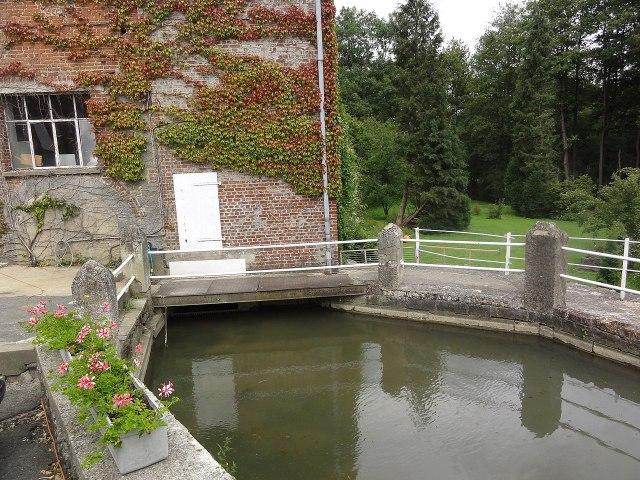 Wattignies-la-Victoire (Nord, Fr) moulin du Stordoir.jpg
