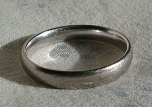 White gold (palladium gold alloy) ring with rh...