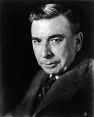 American author Booth Tarkington, head and shoulders portrait, facing left.