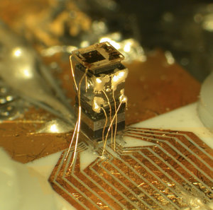Chip-scale atomic clock unveiled by NIST
