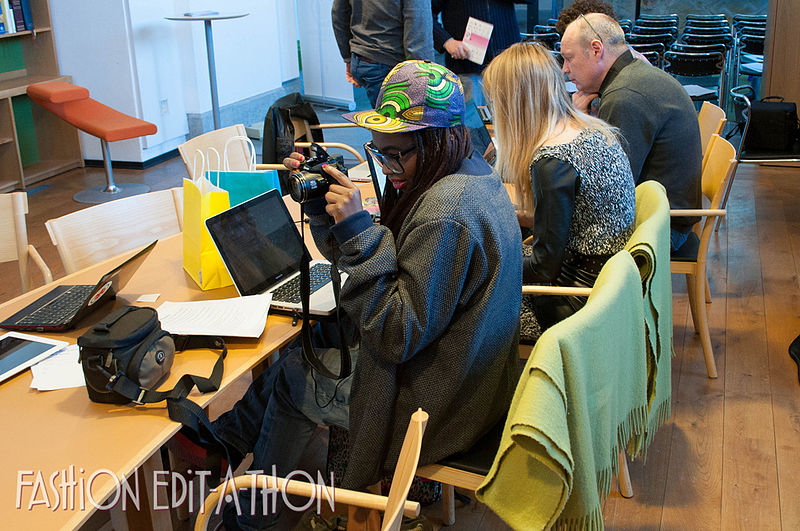 File:Documenting the edit-a-thon (8580183002).jpg