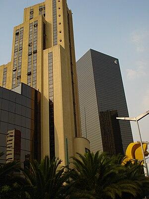 Edificio el Moro sede de la Lotería Nacional d...