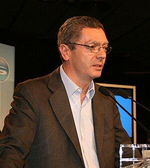 Alberto Ruiz-Gallardón en el inicio de campaña...