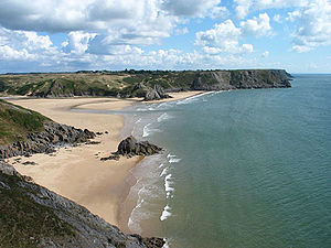 English: Three Cliffs Bay on the Gower peninsu...