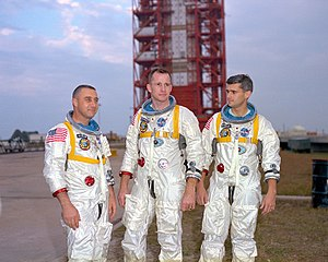 English: Astronauts (left to right) Gus Grisso...