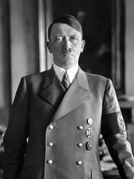 English: Portrait of Adolf Hitler.