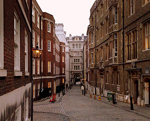 Middle Temple Lane looking towards Victoria Em...