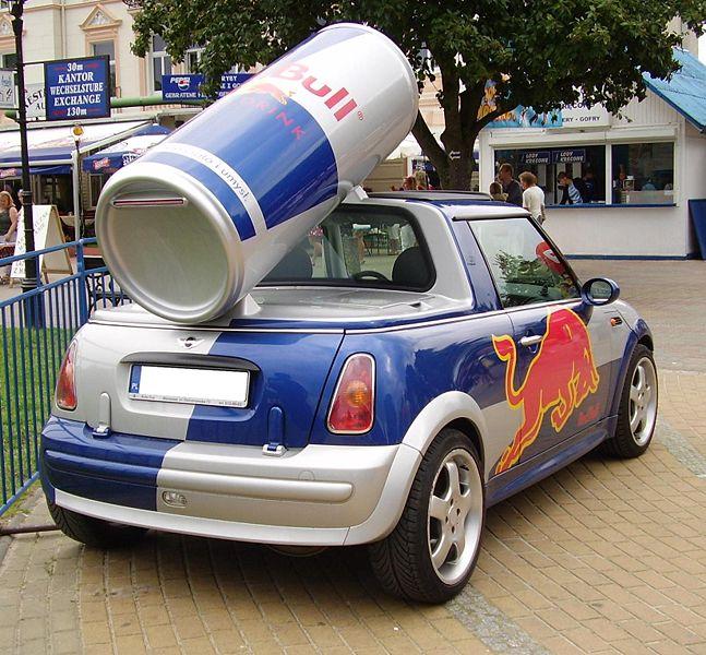 File:Mini Red Bull Międzyzdroje2.JPG