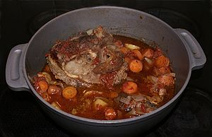 English: Well braised ossobuco made by Veal sh...
