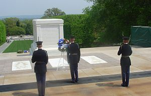 English: Changing of the Guard at the Tomb of ...