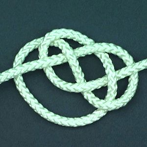 English: one of many knots