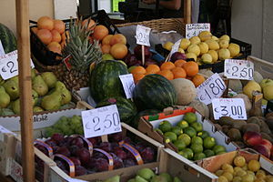 Small fruit and vegetable market in Ventimigli...