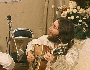 John Lennon rehearses Give Peace A Chance by R...