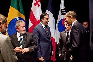 President Barack Obama talks with President Mi...