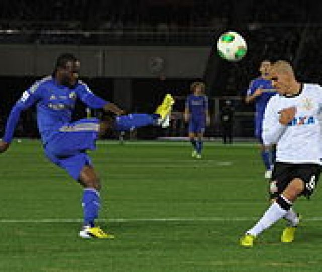 Moses And Fabio Santos Of Corinthians In The  Fifa Club World Cup Final