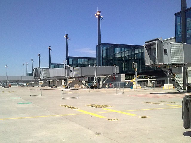 A further 7 months delay to the opening of the airport will cost €1.2BN.  Photo: Wikipedia