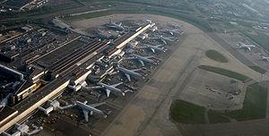 English: Aerial view of the London Heathrow Ai...