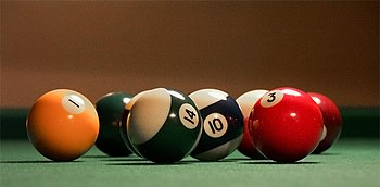 English: Close-up picture of billiard balls