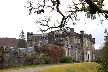 English: Achnacarry Castle, Lochaber, Scotland