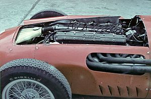 English: Maserati Engine at the 1957 Argentine...
