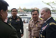 Prayut (left) meets US General Martin Dempsey (right) during his visit to Bangkok (2012)