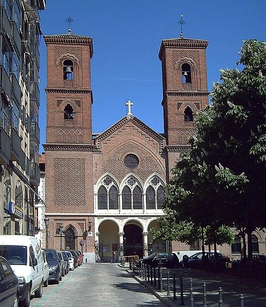 Archivo:Iglesia de la Paloma (Madrid) 01.jpg