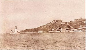 English: This is a 1910 postcard image of Prud...