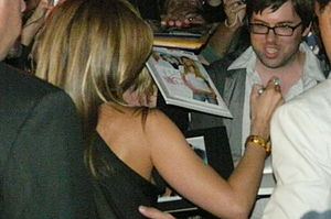 Jennifer Aniston Signing Autographs on the Red...