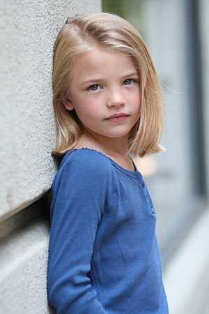 English: Lucy Merriam, child model and actress...