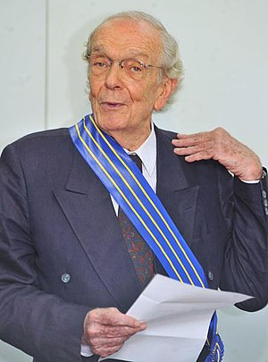 Brazilian journalist Alberto Dines.