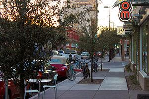 English: Downtown Tucson Congress Street scene...